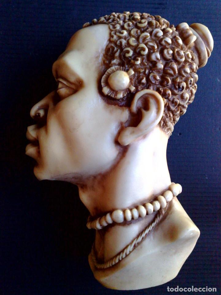 BUSTO ARTESANAL DE RESINA DE HOMBRE AFRICANO (DESCRIPCIÓN) (Arte - Escultura - Resina)