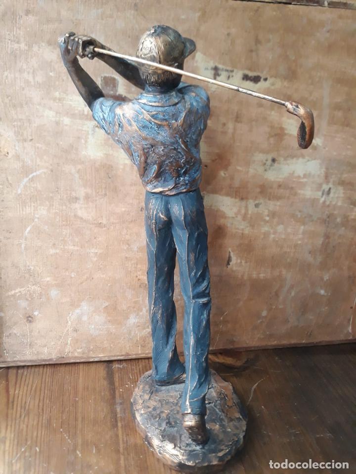 Arte: Escultura en resina de golfista golpeando la bola Golf 29 cm - Foto 2 - 211870195