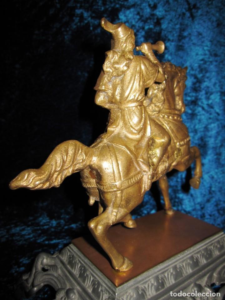 Arte: Figura jinete sobre caballo bronce cartero real peana labrada - Foto 9 - 213820127