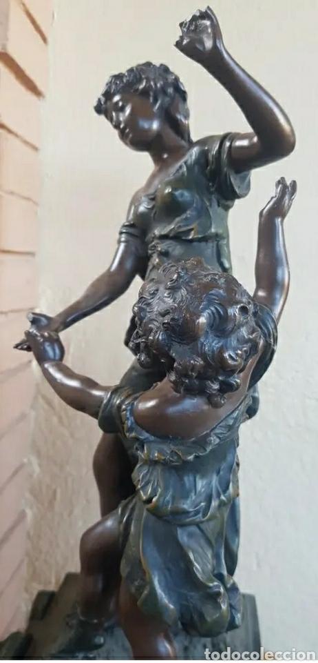 Arte: Auguste Moreau 1834 - 1917 Escultura art decó figura de mujer con niño en el pedestal 61cm - Foto 3 - 216579513
