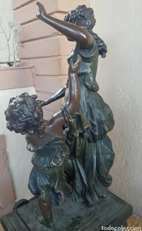 Arte: Auguste Moreau 1834 - 1917 Escultura art decó figura de mujer con niño en el pedestal 61cm - Foto 4 - 216579513