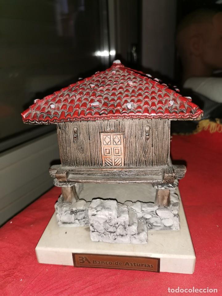 Arte: Preciosa escultura de horreo. Banco de Asturias - Foto 2 - 217646118