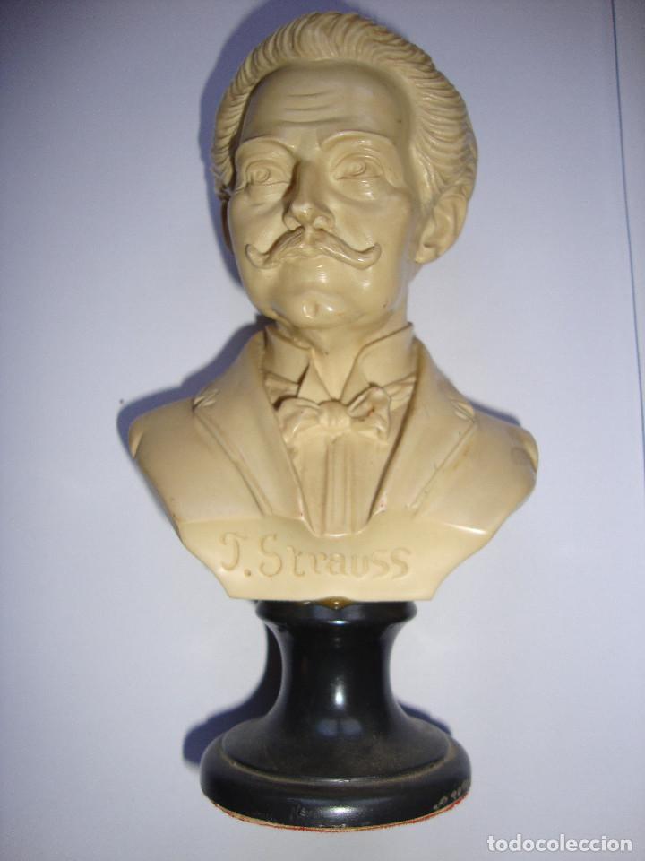 BUSTO DE J. STRAUSS DE 16 CM DE ALTURA PERFECTO ESTADO (Arte - Escultura - Resina)