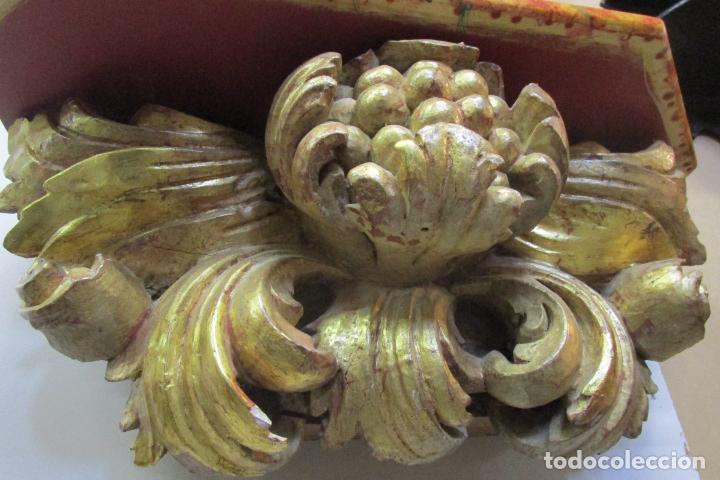 Arte: Preciosa Ménsula Barroca - Peana - Retablo en Talla de Madera Dorada en Pan de Oro - S. XVIII - Foto 7 - 219207367