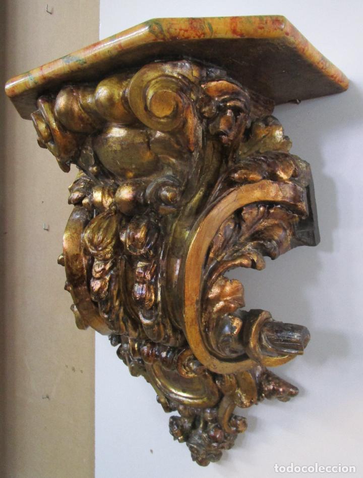 Arte: Preciosa Ménsula Barroca - Peana - Retablo en Talla de Madera Dorada en Pan de Oro - S. XVIII - Foto 9 - 219211728
