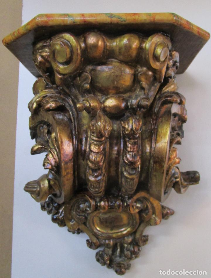 Arte: Preciosa Ménsula Barroca - Peana - Retablo en Talla de Madera Dorada en Pan de Oro - S. XVIII - Foto 20 - 219211728