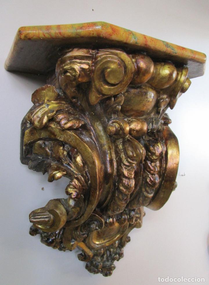 PRECIOSA MÉNSULA BARROCA - PEANA - RETABLO EN TALLA DE MADERA DORADA EN PAN DE ORO - S. XVIII (Arte - Escultura - Madera)