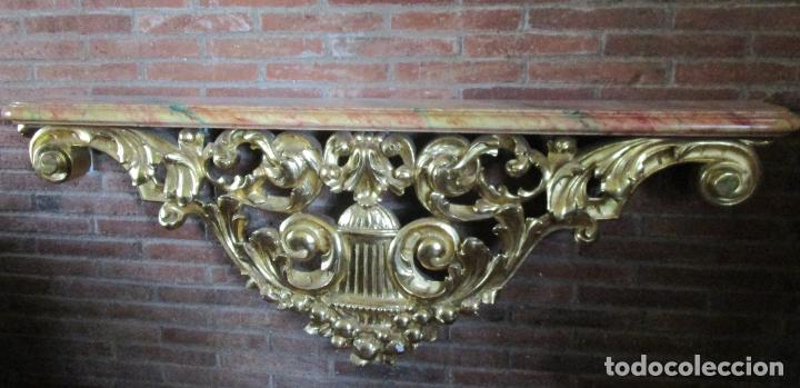 Arte: Bonita Consola, Ménsula Barroca - Peana - Retablo en Talla de Madera Dorada en Pan de Oro - S. XVIII - Foto 2 - 227996565