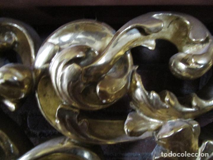 Arte: Bonita Consola, Ménsula Barroca - Peana - Retablo en Talla de Madera Dorada en Pan de Oro - S. XVIII - Foto 9 - 227996565