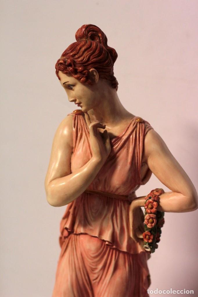 Arte: Antigua figura decorativa de gran tamaño. Mujer con flores. 66cm. Gran belleza - Foto 6 - 219398531