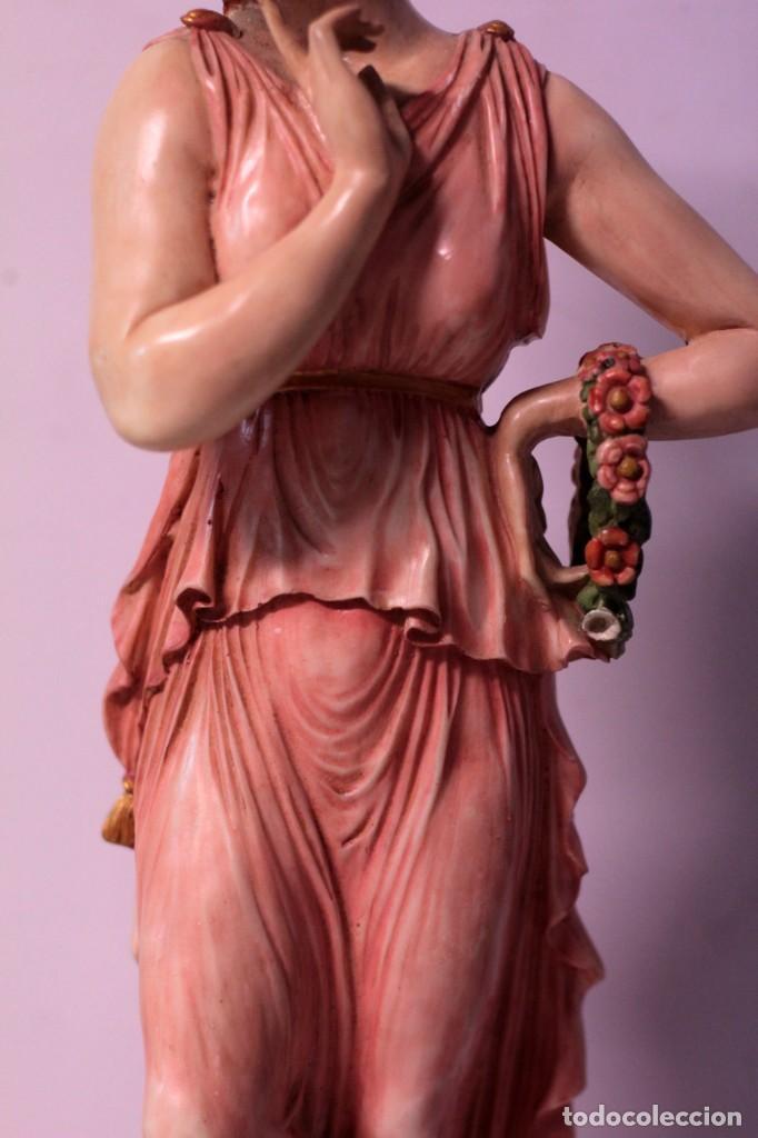 Arte: Antigua figura decorativa de gran tamaño. Mujer con flores. 66cm. Gran belleza - Foto 7 - 219398531
