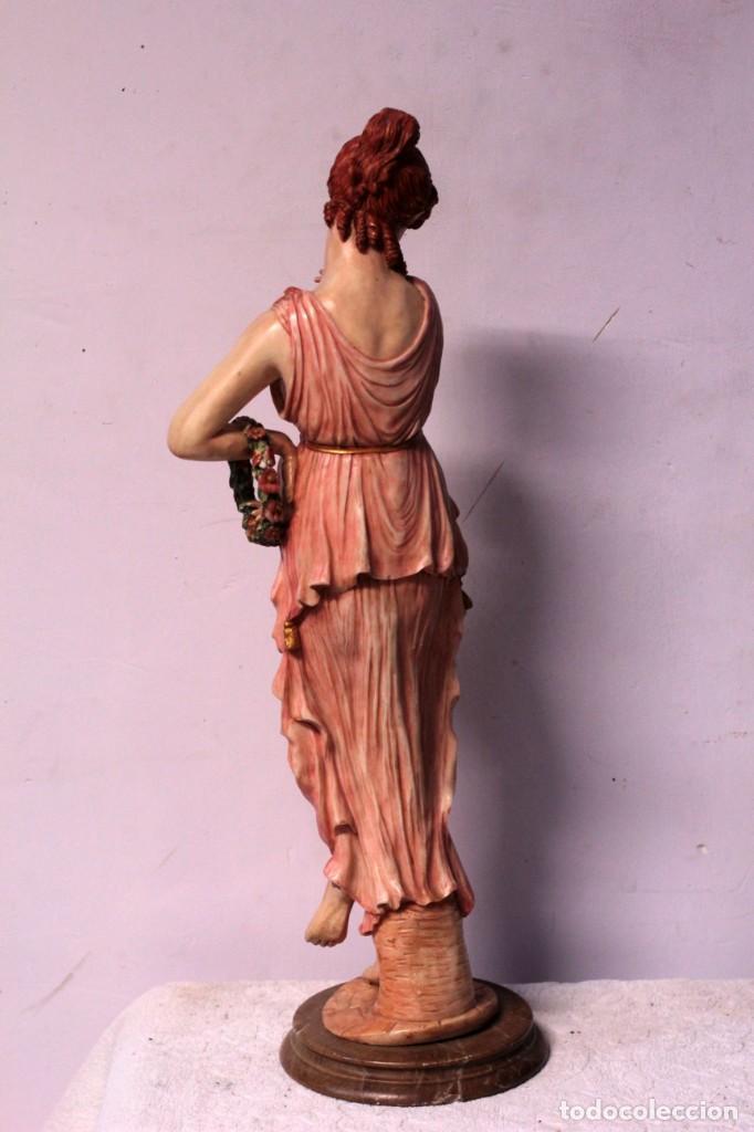 Arte: Antigua figura decorativa de gran tamaño. Mujer con flores. 66cm. Gran belleza - Foto 8 - 219398531