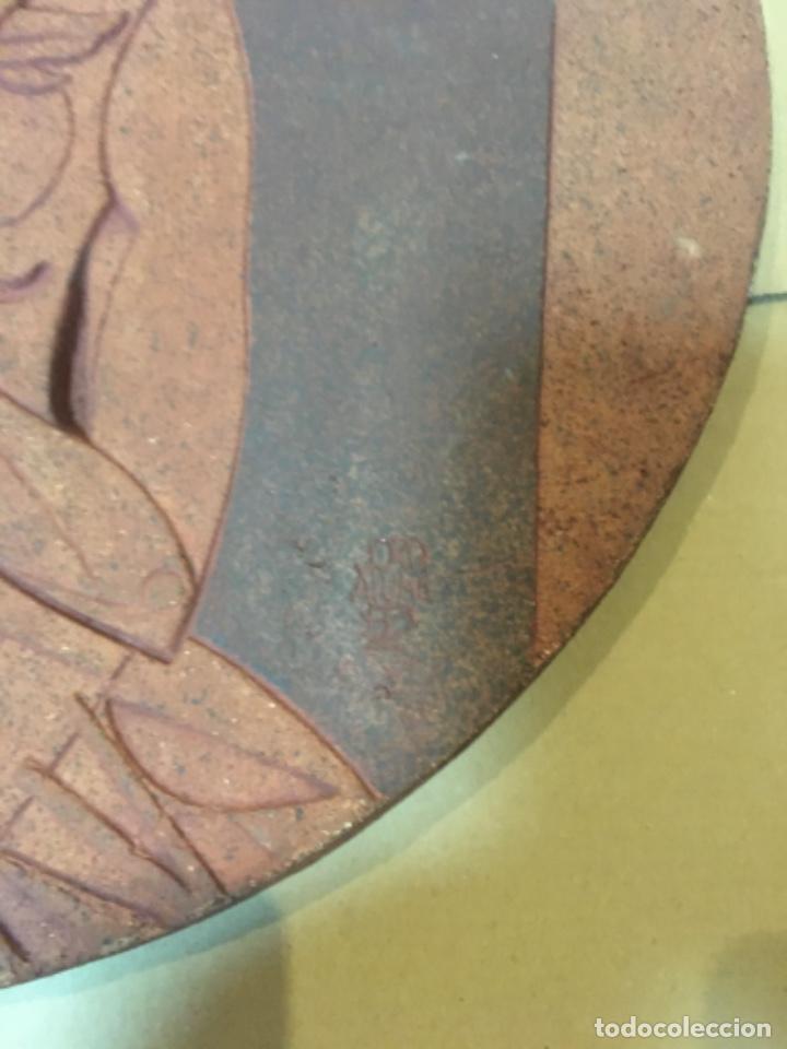 Arte: (M/R/C/C) JORDI ALUMÀ I MASVIDAL - OLIMPISMO - ESCULTURA EN BARRO GRES - 43 cm buen estado Firmada - Foto 2 - 219973457