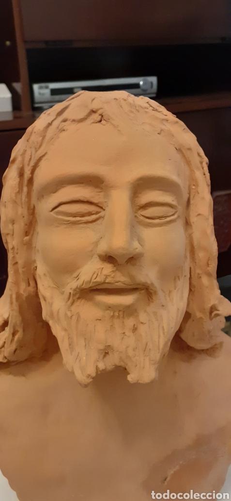 Arte: Busto de Cristo en terracota, 37 x 23cm - Foto 2 - 220881215