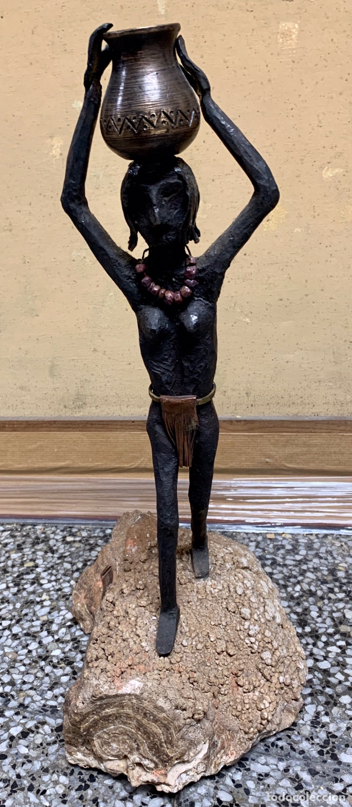 JOSEP MURAY I BUSQUÉ, LA POBLA DE CLARAMUNT, FIGURA DE HIERRO FORJADO, 44 CM DE ALTURA TOTAL (Arte - Escultura - Hierro)