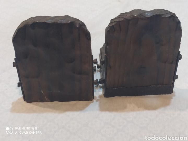 Arte: Increíble sujeta libros de madera y hierro forjado principios de siglo XX - Foto 11 - 221946772