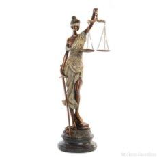 Arte: BELLÍSIMA FIGURA DE LA DIOSA ROMANA DE LA JUSTICIASU ORIGEN DE LA ANTIGUA GRECIA. RESI. Lote 221949802