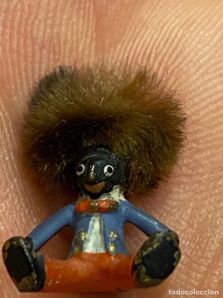 Arte: pequeño bronce viena vienne wien niño negro con enorme pelo y pajarita bronze s XIX XX 15x10mm - Foto 2 - 200805268