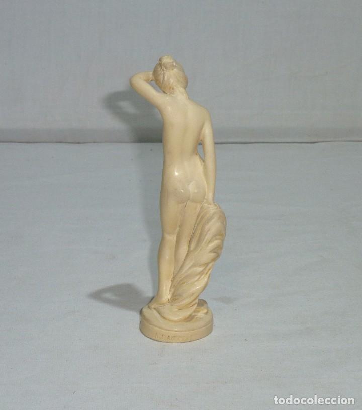 Arte: Escultura Del Escultor Italiano - A. Santini.Años 60 Resina.15 Cm. - Foto 5 - 222141388