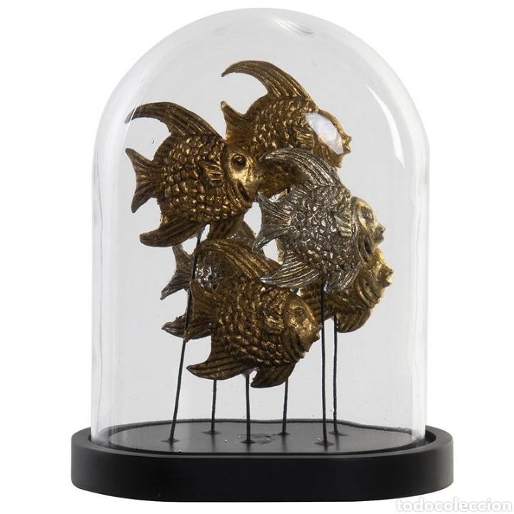 Arte: Precioso Fanal de cristal con base de madera en negro, con peces dorados y plateados terminados con - Foto 4 - 222171426