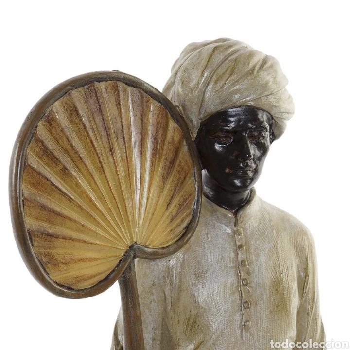 Arte: Preciosa Figura Hindú con Paipai, sobre peana cuadrada. Material: Resina. - Foto 2 - 222171963