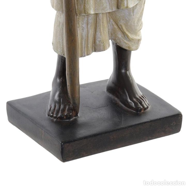 Arte: Preciosa Figura Hindú con Paipai, sobre peana cuadrada. Material: Resina. - Foto 3 - 222171963