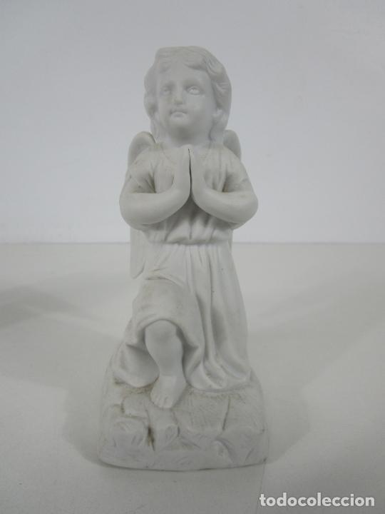 Arte: Pareja de Ángeles Custodios - Porcelana Biscuit - Altura 17 cm - S. XIX - Foto 6 - 222794292