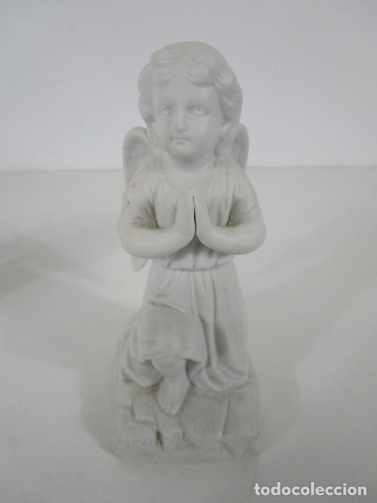 Arte: Pareja de Ángeles Custodios - Porcelana Biscuit - Altura 17 cm - S. XIX - Foto 8 - 222794292