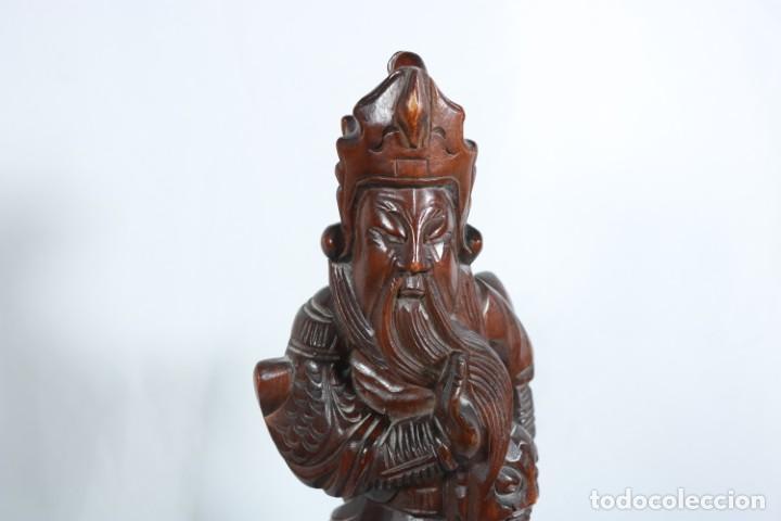 Arte: Antiguo Guerrero chino tallado a mano en madera - Primera mitad del siglo XX - Foto 2 - 223029188