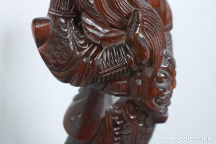 Arte: Antiguo Guerrero chino tallado a mano en madera - Primera mitad del siglo XX - Foto 3 - 223029188