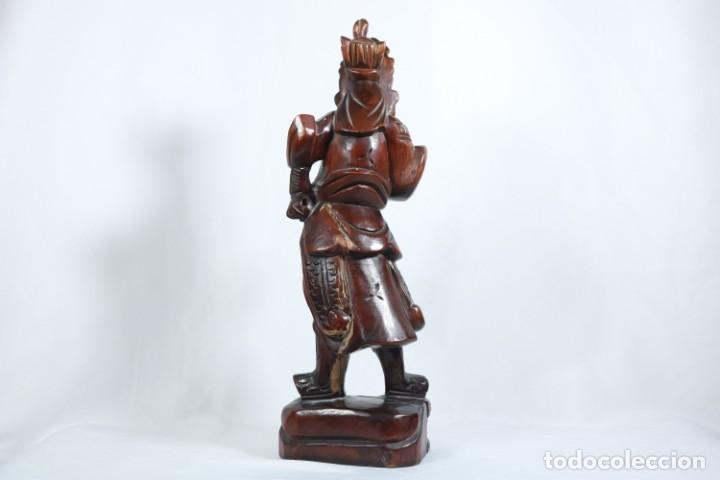 Arte: Antiguo Guerrero chino tallado a mano en madera - Primera mitad del siglo XX - Foto 9 - 223029188