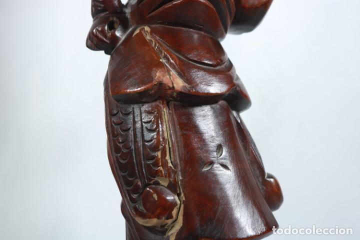 Arte: Antiguo Guerrero chino tallado a mano en madera - Primera mitad del siglo XX - Foto 11 - 223029188