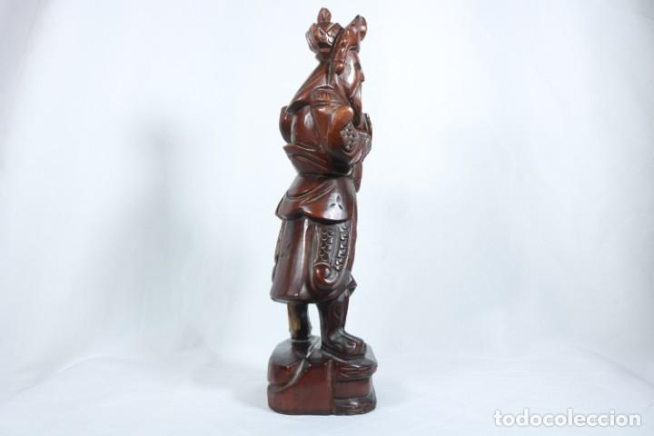 Arte: Antiguo Guerrero chino tallado a mano en madera - Primera mitad del siglo XX - Foto 13 - 223029188
