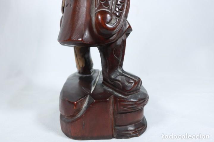 Arte: Antiguo Guerrero chino tallado a mano en madera - Primera mitad del siglo XX - Foto 17 - 223029188