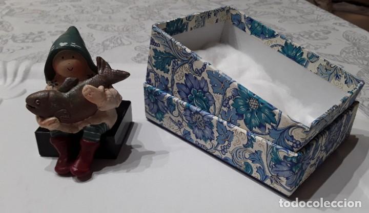 Arte: Gnomo de la fortuna por Anne Kabouke + base de marmol + caja regalo - Foto 10 - 223259365
