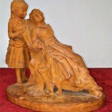Arte: MADRE E HIJA. ESCULTURA. CERÁMICA. FIRMADA. ESCULTOR REGUANT. ESPAÑA. 1890. Lote 223305823