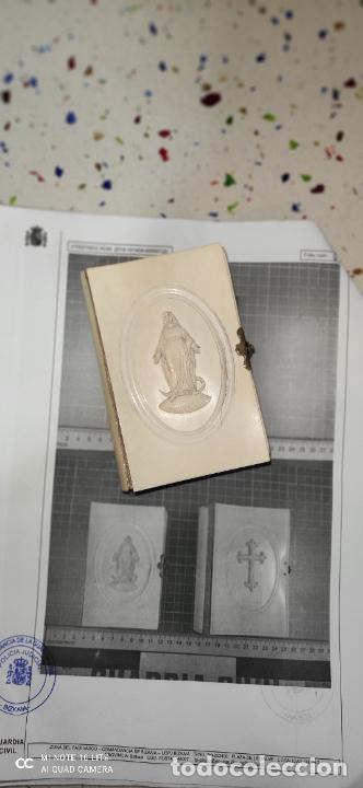 MISARIO CON TAPAS DE MARFIL Y ALGÚN DEFECTO. PIEZA DE COMERCIALIZACIÓN TOTALMENTE LEGAL. (Arte - Escultura - Marfil)