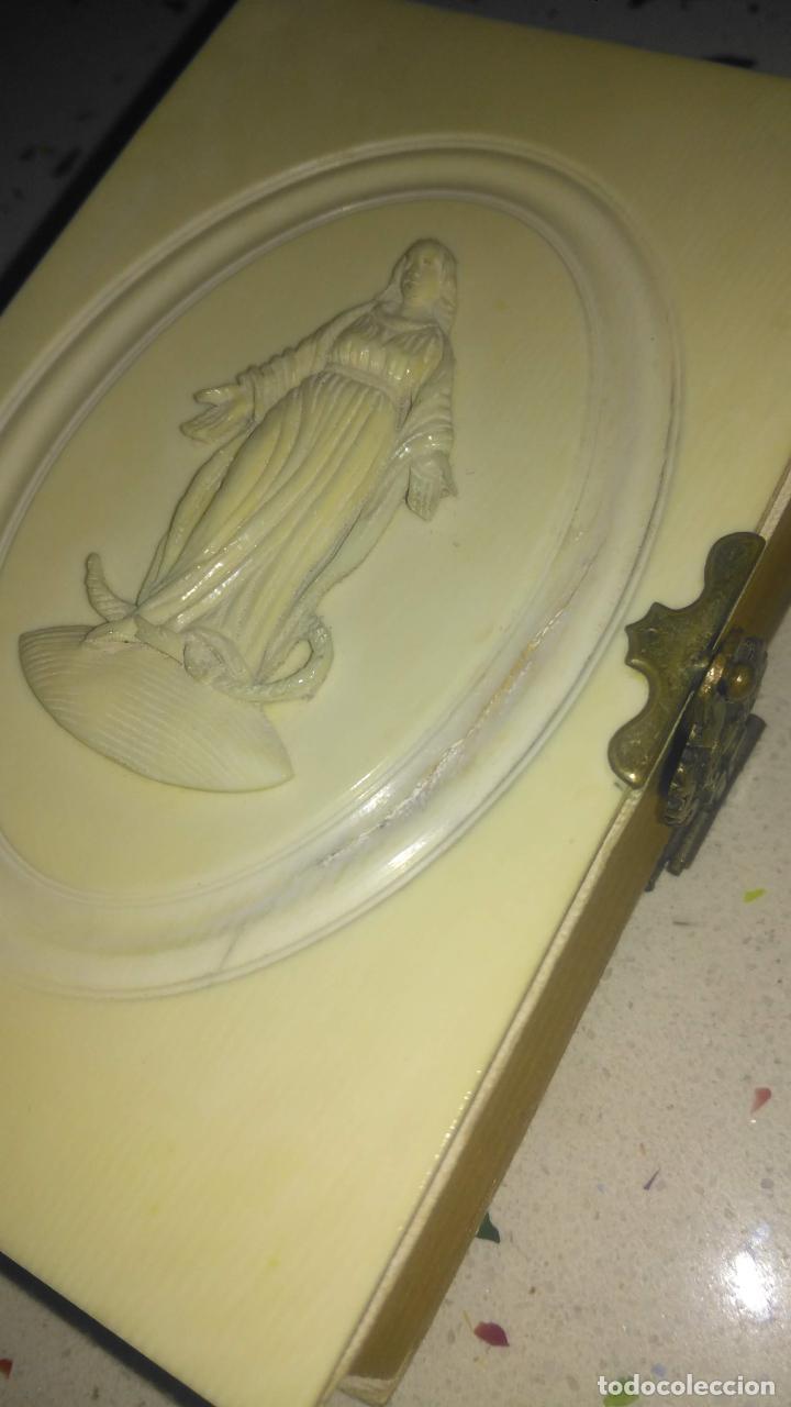 Arte: Misario con tapas de marfil y algún defecto. Pieza de comercialización totalmente legal. - Foto 17 - 223985647