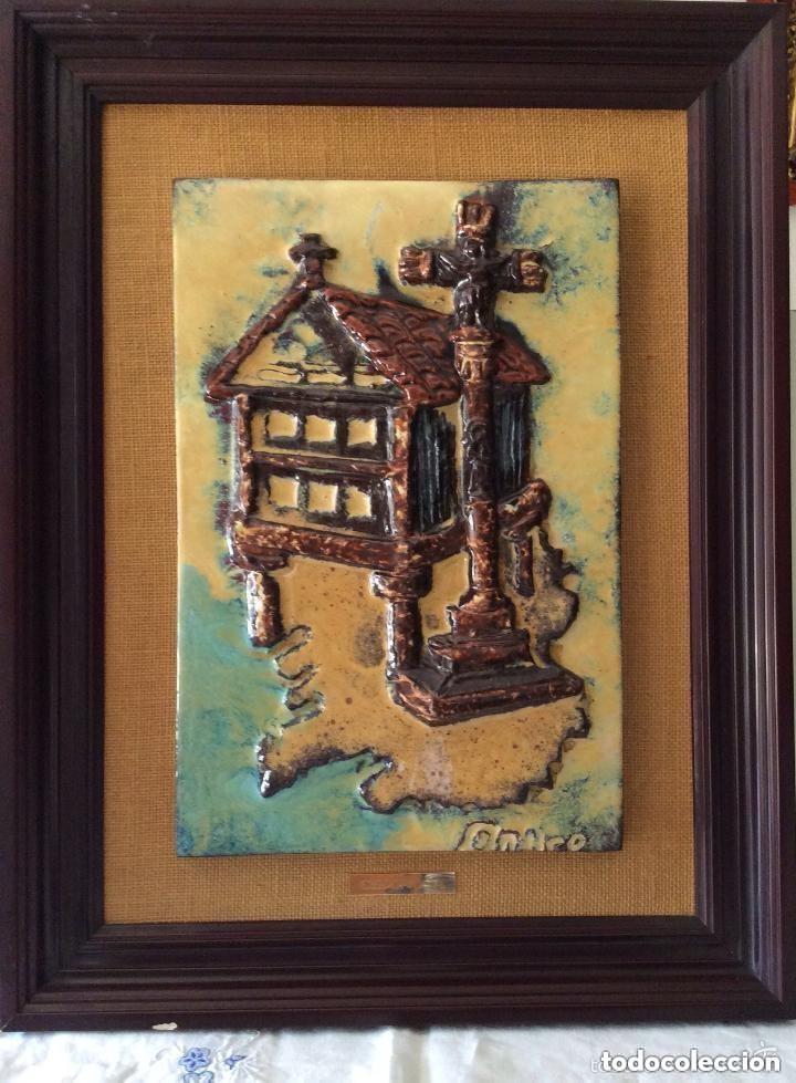 HORREO Y CRUCERO,AZULEJO ESMALTADO Y VIDRIADO 55X42 CM (Arte - Escultura - Terracota )