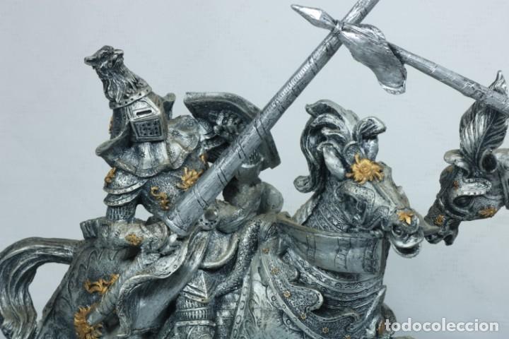 Arte: Impresionante escultura de dos guerreros medievales montado a caballo y luchando - Foto 8 - 228034450