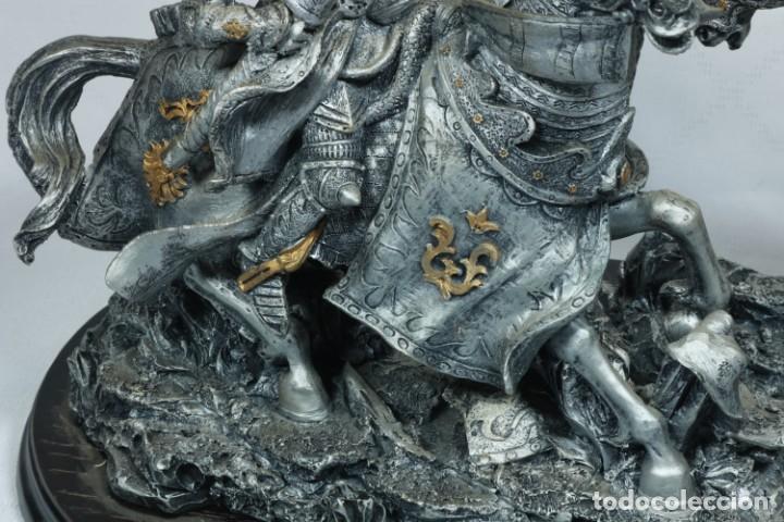 Arte: Impresionante escultura de dos guerreros medievales montado a caballo y luchando - Foto 9 - 228034450