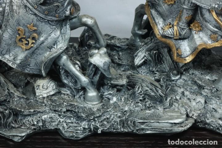 Arte: Impresionante escultura de dos guerreros medievales montado a caballo y luchando - Foto 10 - 228034450