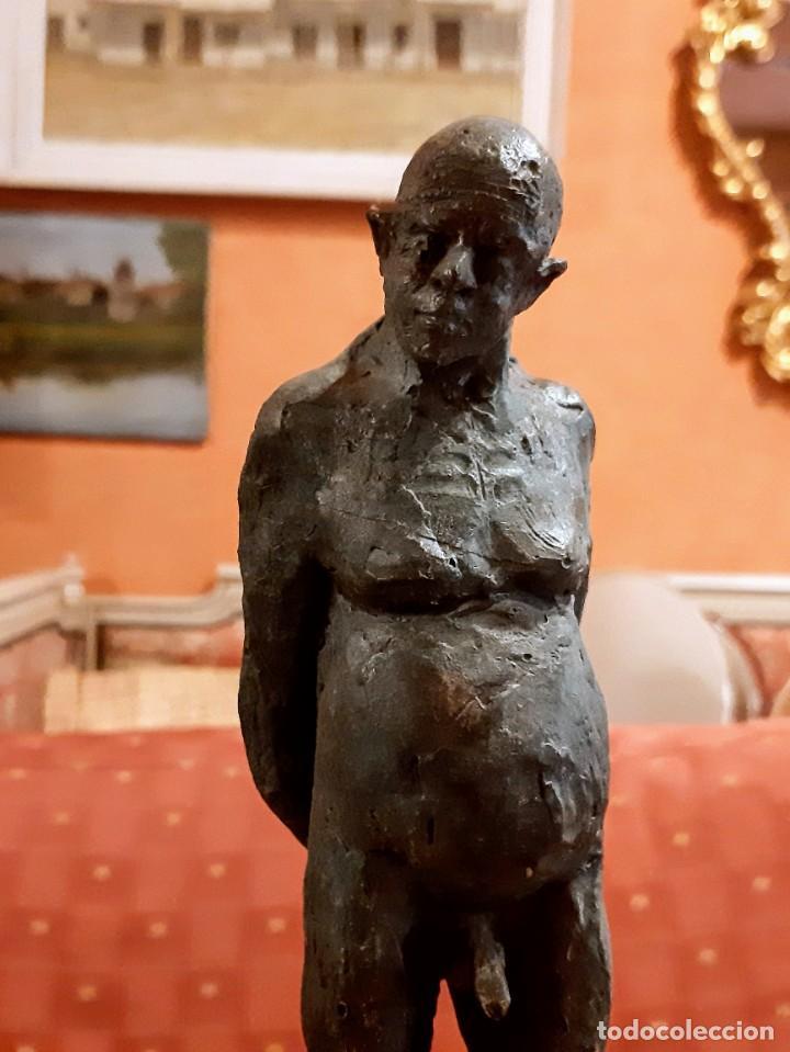 "ESCULTURA BRONCE ""HOMBRE EN LA PISCINA"" (Arte - Escultura - Bronce)"