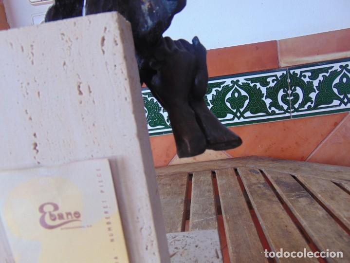 Arte: ESCULTURA EN RESINA RECUBIERTA DE BRONCE Y MÁRMOL DE JOSE LUIS CASASOLA NUMERADA Y LIMITADA EBANO - Foto 10 - 230342270