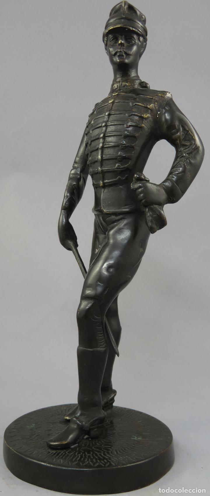 Arte: Escultura soldado húsar de la Princesa en bronce pulido siglo XX - Foto 3 - 230361210