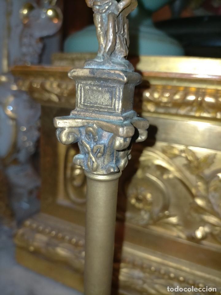 Arte: MINIATURA escultura BRONCE PAREJA COLUMNAS ROMANAS DE LA ALAMENDA DE HERCULES SEVILLA PEANA MADERA - Foto 20 - 231542670