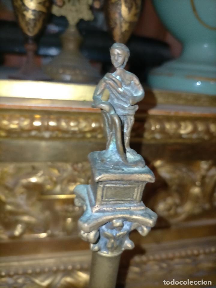 Arte: MINIATURA escultura BRONCE PAREJA COLUMNAS ROMANAS DE LA ALAMENDA DE HERCULES SEVILLA PEANA MADERA - Foto 21 - 231542670