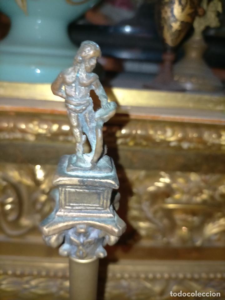 Arte: MINIATURA escultura BRONCE PAREJA COLUMNAS ROMANAS DE LA ALAMENDA DE HERCULES SEVILLA PEANA MADERA - Foto 26 - 231542670