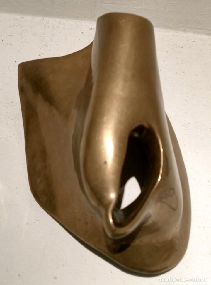 ESCULTURA HORTENSIA NUÑEZ LADEVEZE - LIMITADA Y NUMERADA 15/60 - BRONCE - CASI 4 KG (Arte - Escultura - Bronce)
