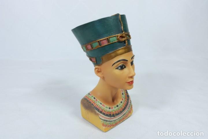 Arte: Precioso busto de Nefertiti tallado en resina - firmada Veronese - 2001 - Foto 2 - 233172505